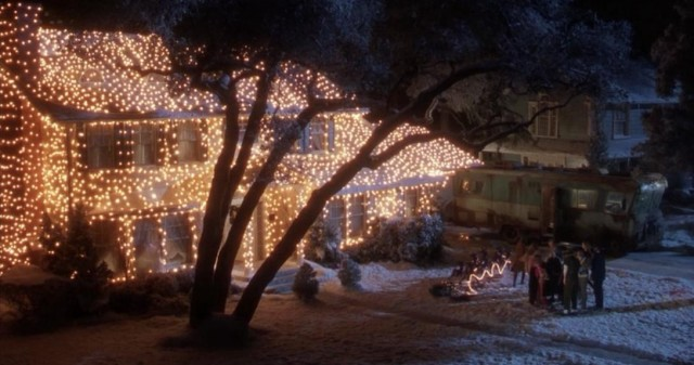 National Lampoon's Christmas Vacation': A Portrait of Bourgeois ...