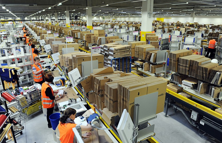 My Two Months Of Seasonal Work At An Amazon Fulfillment Center  The