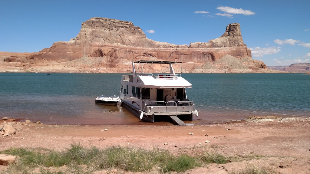 The Cost Of Taking My Mom On A Week Long Trip To Lake Powell The